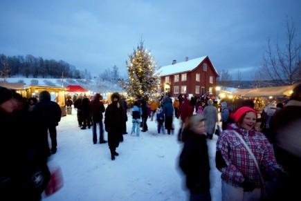 Julemarkedet «Glædelig jul» holdes søndag 9. desember kl. 12-17.
